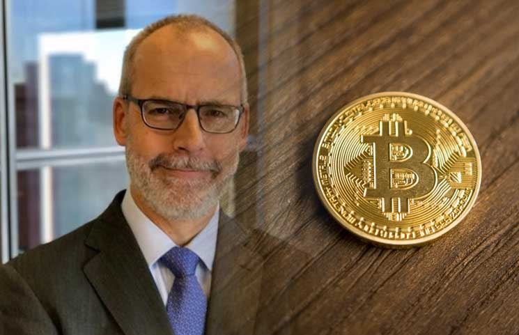 Is-Time-To-Buy-Bitcoin-Says-Fundstrat-Technical-Strategist-Robert-Sluymer